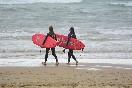 Surf-camp-berria-al-agua